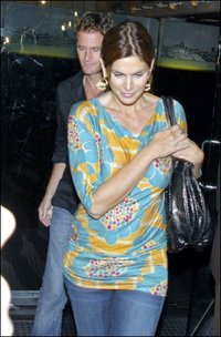 Cindy_crawford_tbags
